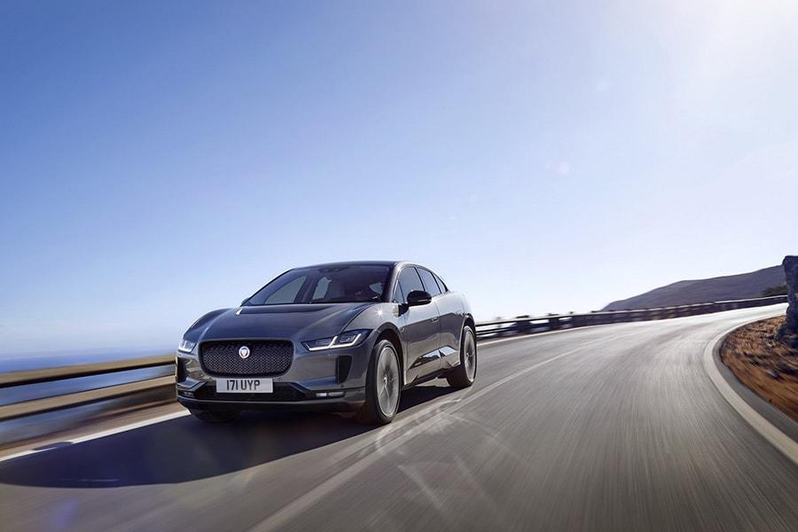 SUV chạy điện Jaguar I-PACE 2019 mới có giá từ 1,9 tỷ VNĐ - 2