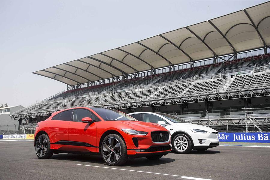 SUV chạy điện Jaguar I-PACE 2019 mới có giá từ 1,9 tỷ VNĐ - 6