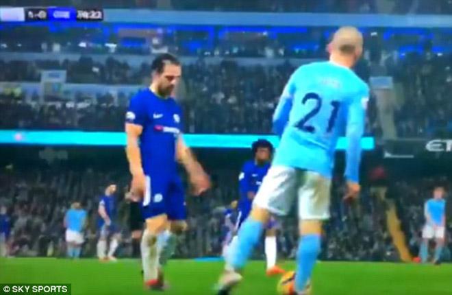 Chelsea rối loạn: Dàn sao hò nhau lật ghế Conte, Barca đâm lo sợ 2