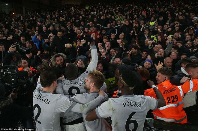"""Góc chiến thuật C.Palace – MU: Mourinho nổi giận, """"Quỷ đỏ"""" tung hoành 2"""