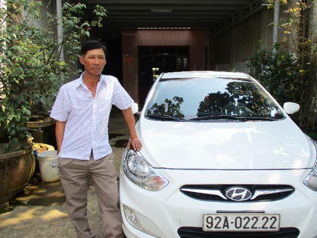 Trồng rau má, lãi 70 triệu/tháng, lão nông xứ Quảng tậu được cả xe hơi - 1