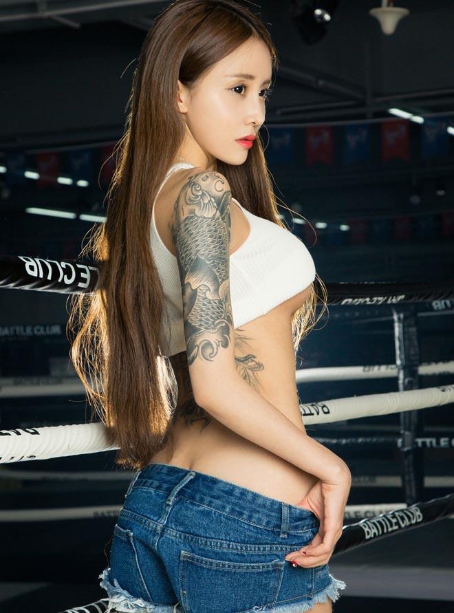 Những hot girl tuổi trăng tròn mê xăm hình ở Trung Quốc - 8