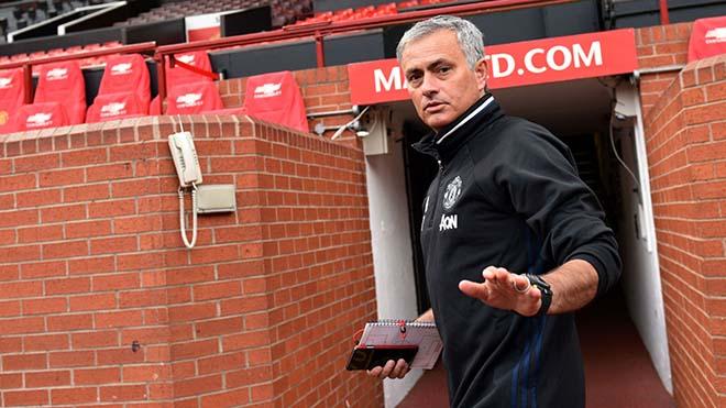 PSG thua thảm, vỡ mộng C1: Định ngày trảm tướng, thảm đỏ rước Mourinho 2