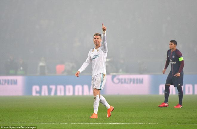 Ronaldo tiêu diệt PSG: Siêu sao nước rút, vô địch thiên hạ - 1