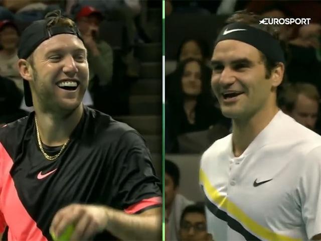 Cặp đôi tennis 90 tỷ đô: Federer quỳ gối tạo siêu phẩm, Bill Gates hả hê 2