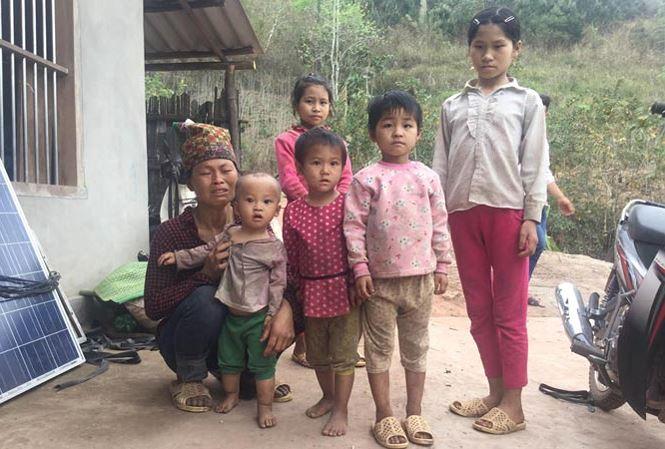 Vụ 2 bố con bị giết trong rừng: Rớt nước mắt cảnh vợ góa và đàn con côi - 2