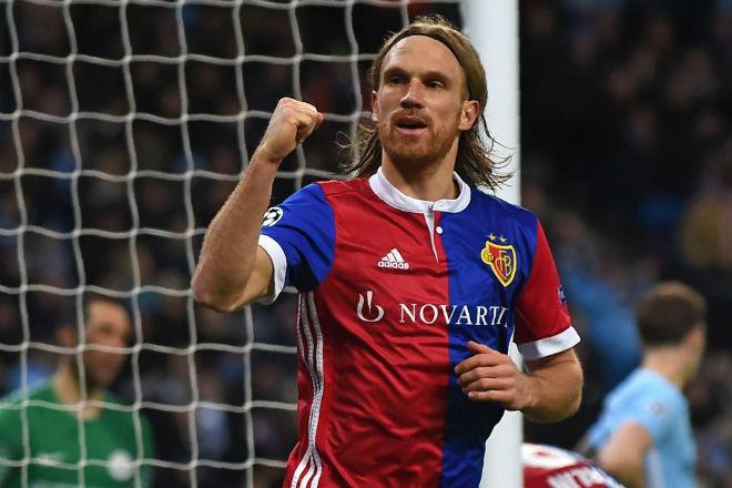 Man City thua ngược ở Champions League: Pep giận học trò quên tấn công 3