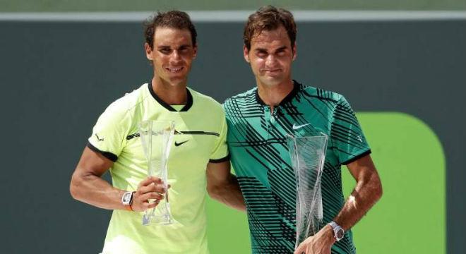 """Nadal lâm nguy: """"Vua đất nện"""" dễ mất nhiều cúp, mỏi mòn đuổi Federer 2"""
