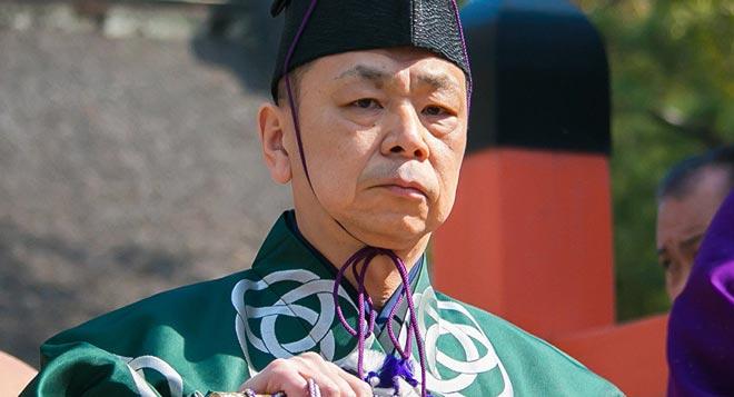 """Thế giới ngầm sumo dậy sóng: Hoen ố vì """"kẻ bệnh hoạn"""" và côn đồ 2"""