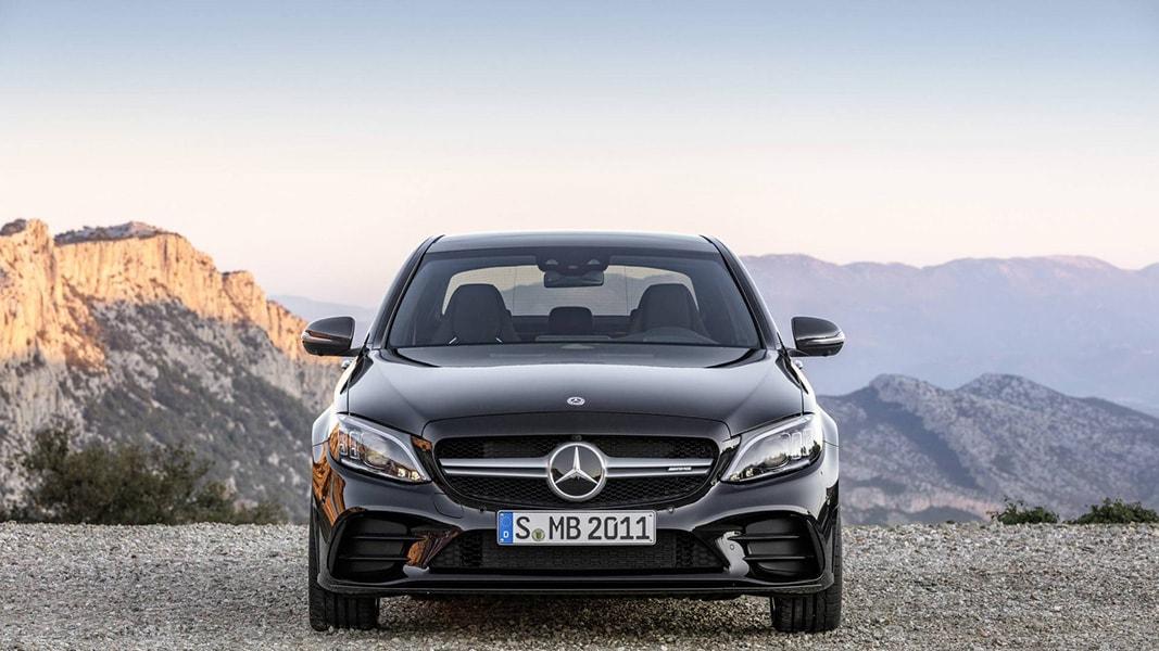 Ngắm nhìn Mercedes-Benz C43 AMG 201 trình làng trước ngày ra mắt - 1