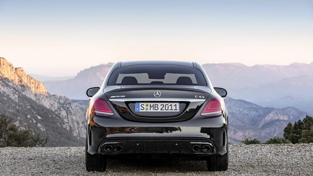 Ngắm nhìn Mercedes-Benz C43 AMG 201 trình làng trước ngày ra mắt - 2