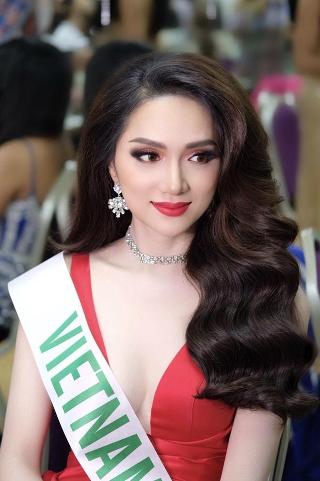 Nóng: Hương Giang Idol là Tân Hoa hậu chuyển giới Quốc tế 2018