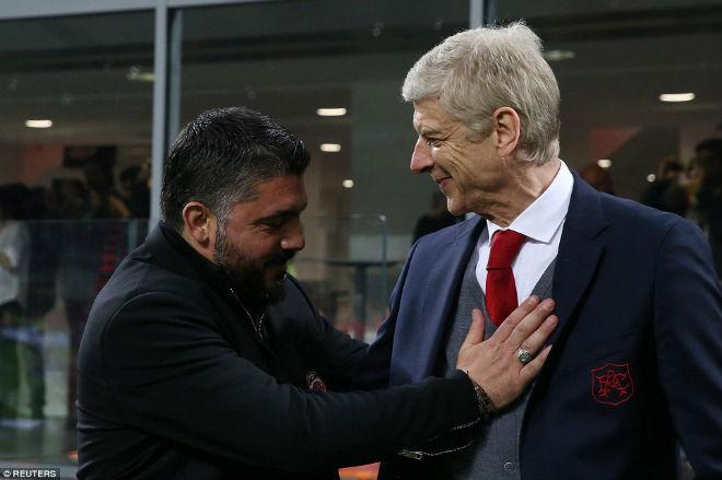 """AC Milan - Arsenal: Rực rỡ San Siro, Wenger vẫn ngồi trên """"đống lửa"""" 1"""