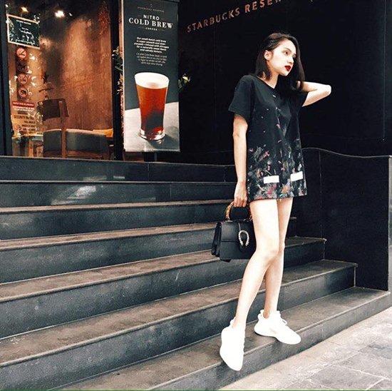Không ngờ Hương Giang có túi hiệu nhiều như...siêu thị - 7