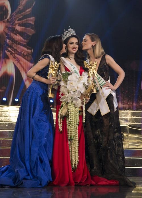 """Cư dân mạng bất ngờ """"réo tên"""" Lâm Chi Khanh khi Hương Giang đoạt hoa hậu - 1"""