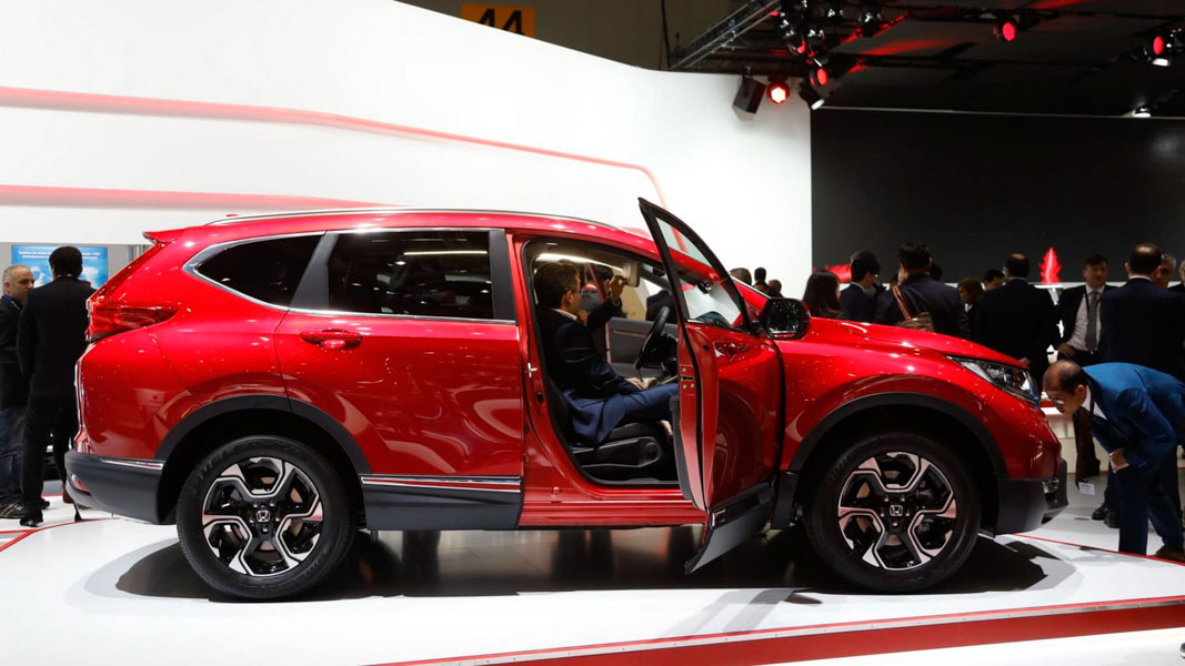Đã mắt với Honda CR-V 2018 màu đỏ ấn tượng tại Geneva - 2