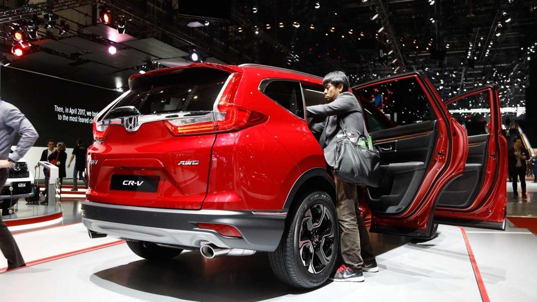 Đã mắt với Honda CR-V 2018 màu đỏ ấn tượng tại Geneva - 3