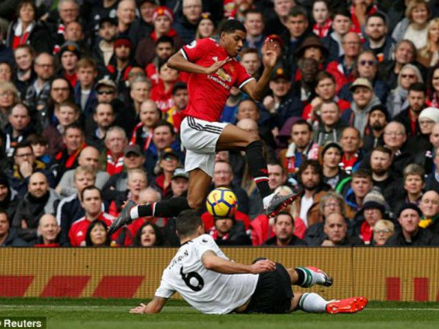 """MU - Liverpool: """"Ronaldo đệ nhị"""" chói sáng, kịch tính phút 90+6 4"""