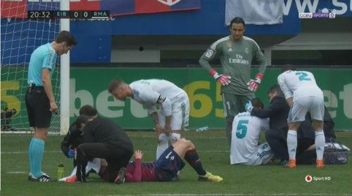 TRỰC TIẾP Eibar - Real Madrid: Ronaldo trừng phạt sai lầm 22