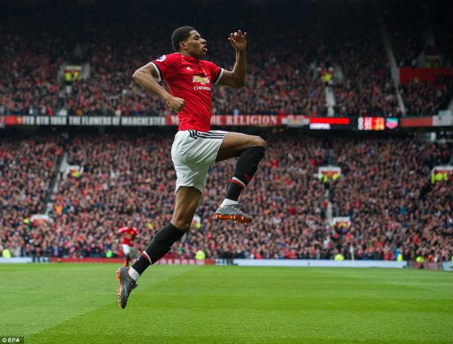 """MU đánh bại Liverpool: Rashford cú đúp thần sầu, Mourinho """"cạn lời"""" 1"""