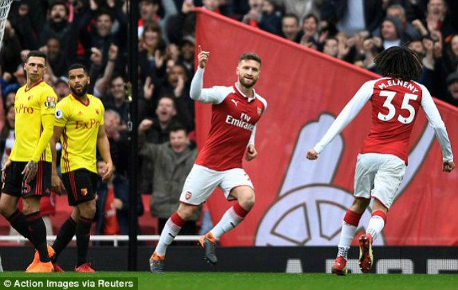"""Arsenal - Watford: """"Pháo nổ"""" đầu trận, đôi công mãn nhãn (Hiệp 1) 1"""