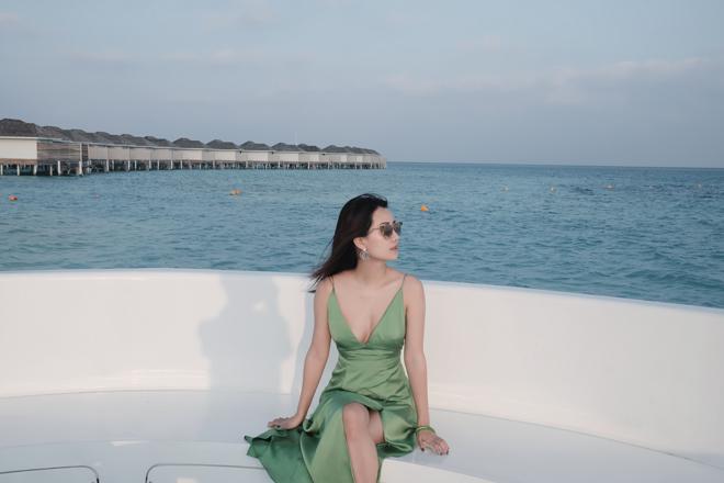 Bị chê vòng 1 kém nảy nở, MC Quỳnh Chi vẫn tự tin mặc bikini - 6