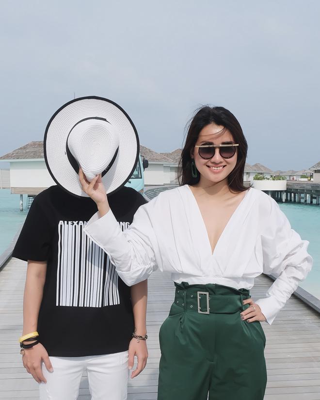 Bị chê vòng 1 kém nảy nở, MC Quỳnh Chi vẫn tự tin mặc bikini - 7