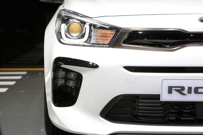 Kia Rio thể thao hơn với gói nâng cấp nhẹ GT-Line - 3