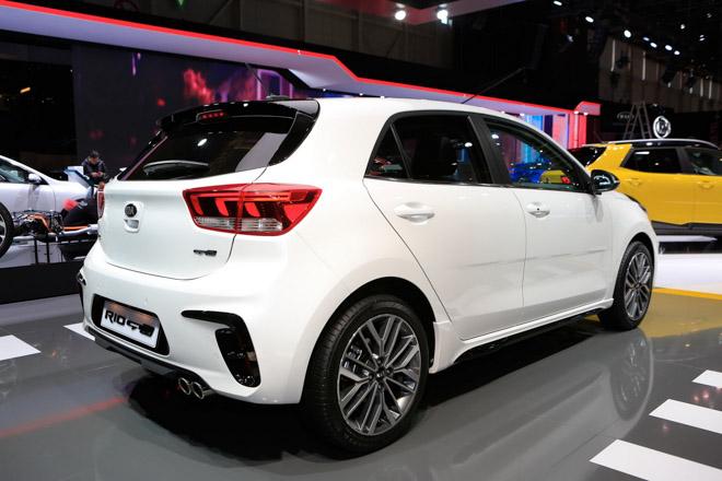 Kia Rio thể thao hơn với gói nâng cấp nhẹ GT-Line - 10