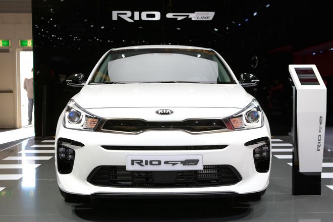 Kia Rio thể thao hơn với gói nâng cấp nhẹ GT-Line - 2