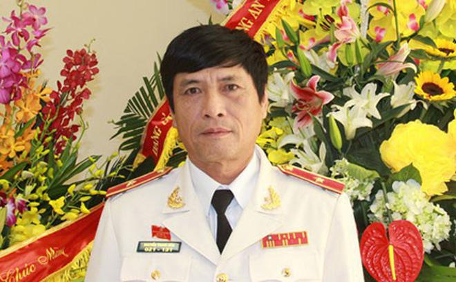 Ông Nguyễn Thanh Hóa – từ Thiếu tướng Công an đến bị can tổ chức đánh bạc - 1