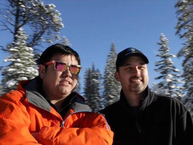 Chuyện lạ: Hai chàng trai đút túi hàng tỷ đồng nhờ bán... không khí