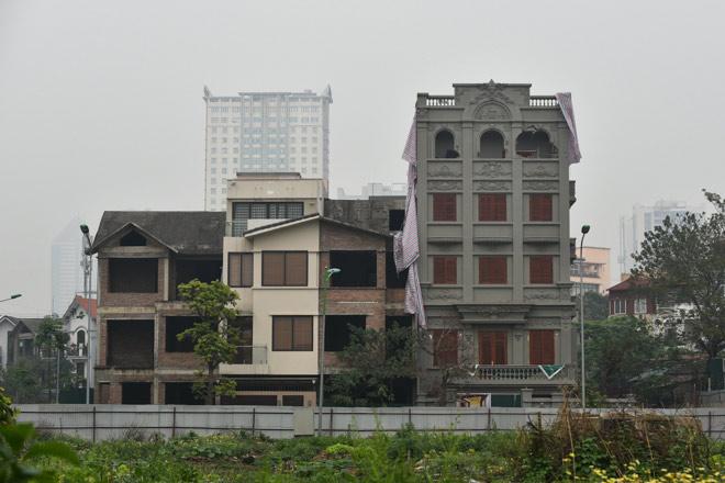 Phá dỡ biệt thự sai phép của gia đình cựu Thiếu tướng Nguyễn Thanh Hóa