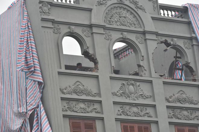 Phá dỡ biệt thự sai phép của gia đình cựu Thiếu tướng Nguyễn Thanh Hóa - 5