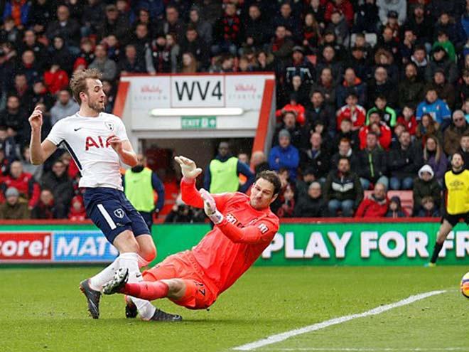 """Kane chấn thương: Nguy cơ lỡ World Cup, """"đại hỷ"""" cho Liverpool & Chelsea 1"""