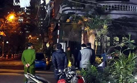 Công an đang khám xét nhà bị can Nguyễn Thanh Hóa