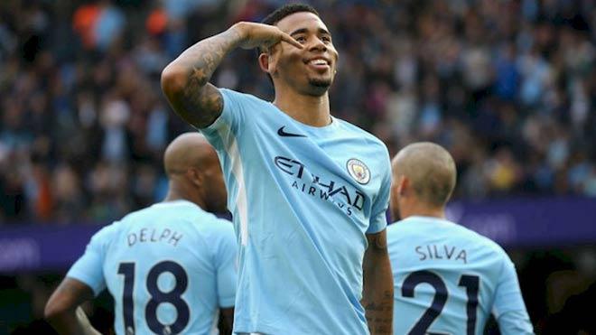 """Stoke City - Man City: """"Lốc xanh"""" của Pep, ngôi vương rất gần 1"""