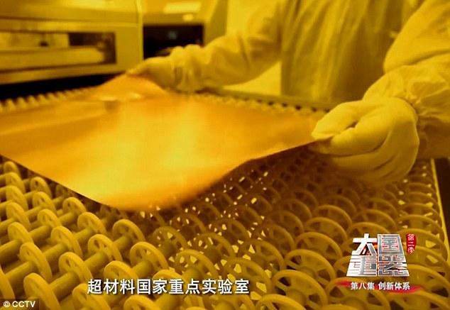 TQ tạo ra siêu vật liệu giúp chiến đấu cơ tàng hình hoàn toàn
