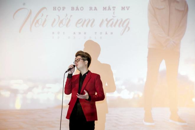 Bùi Anh Tuấn: Lệ Rơi không làm âm nhạc của tôi rẻ tiền đi