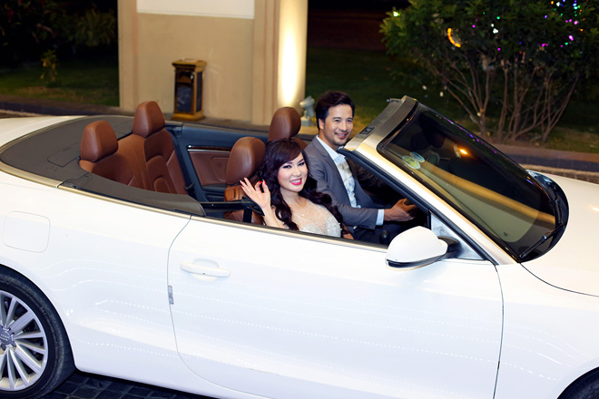 Đoàn Thanh Tài tháp tùng ca sĩ hải ngoại Kavie Trần bằng xe tiền tỷ
