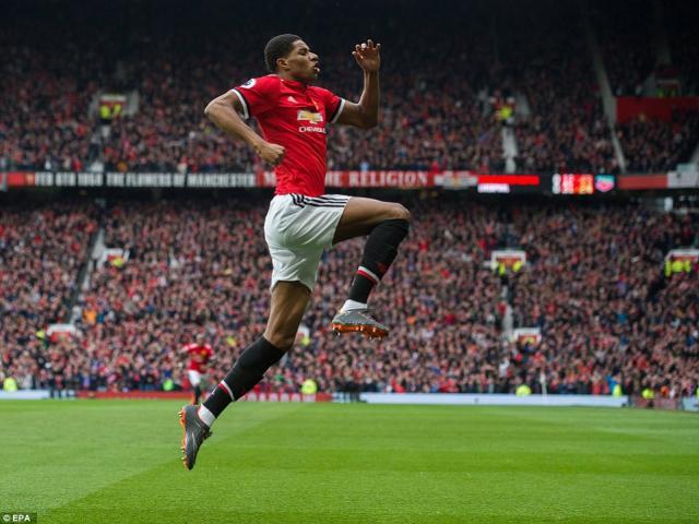 Bàn thắng đẹp Ngoại hạng Anh V30: SAO MU tái hiện siêu phẩm Ronaldo 1
