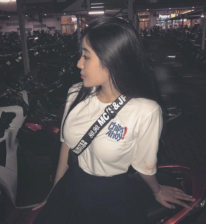 Fan girl U23 Việt Nam được báo Hàn ca ngợi đẹp như nữ thần - 4