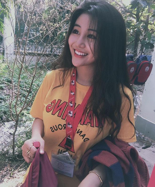 Fan girl U23 Việt Nam được báo Hàn ca ngợi đẹp như nữ thần - 7
