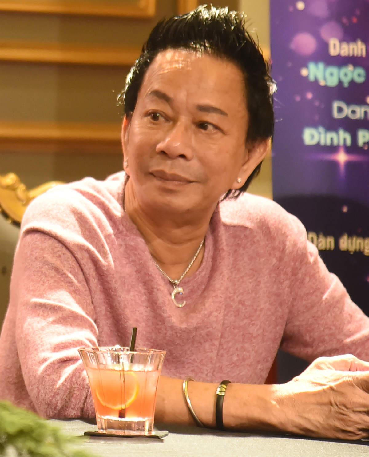 Danh hài Bảo Chung nói về tin đồn thời trẻ lắm tiền, thích chơi xe sang
