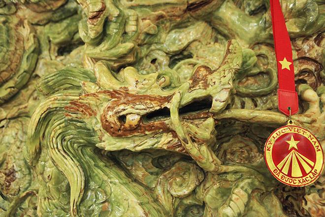 Chiêm ngưỡng bức tranh 9 rồng bằng ngọc nguyên khối lớn nhất châu Á - 7