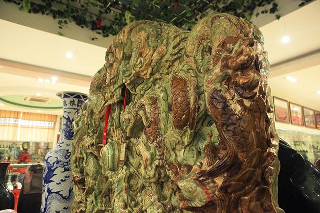 Chiêm ngưỡng bức tranh 9 rồng bằng ngọc nguyên khối lớn nhất châu Á - 5