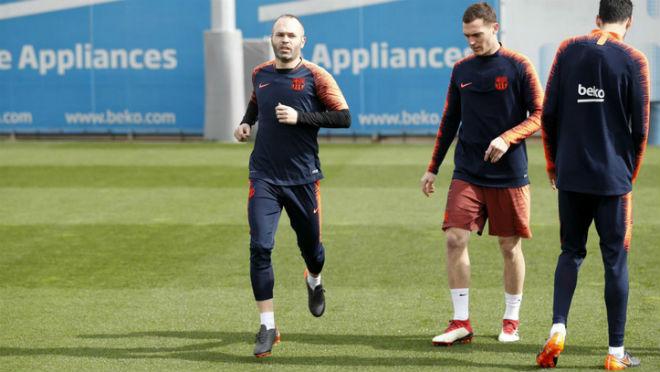 """Barca chơi """"đòn gió"""" đấu Chelsea: Iniesta vẫn đá, tái hiện nỗi ám ảnh 2009 2"""
