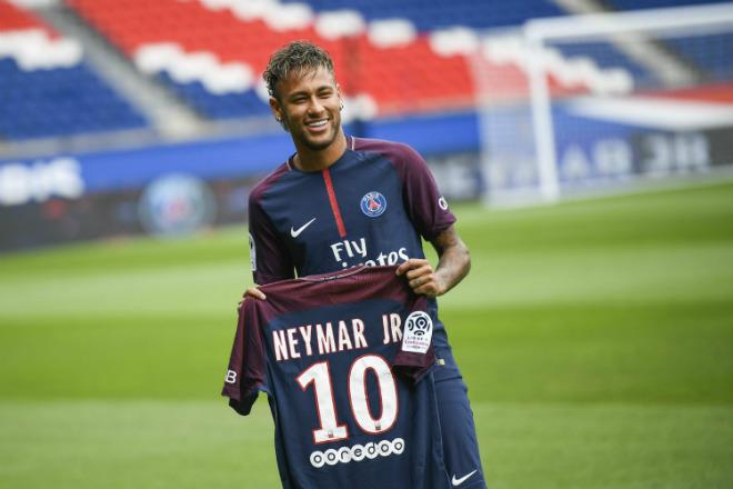 """Barca """"trói """" Messi: 700 triệu euro chỉ là """"muỗi"""" với MU, PSG chờ """"Neymar 2.0"""" 2"""
