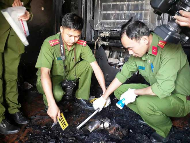 Cận cảnh hiện trường vụ cháy kinh hoàng làm 5 người tử vong ở Đà Lạt - 2