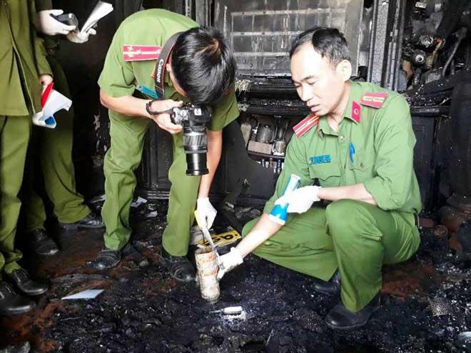 Cận cảnh hiện trường vụ cháy kinh hoàng làm 5 người tử vong ở Đà Lạt - 3